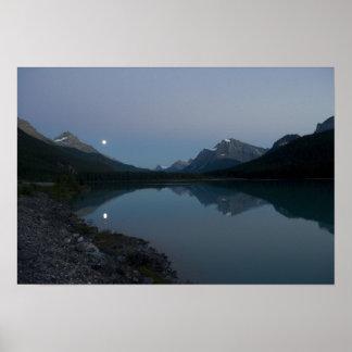 Moonrise 2 ポスター