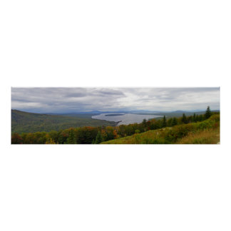 Mooselookmeguntic湖のパノラマ、メイン ポスター