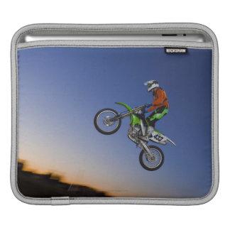 Motorcrossのライダー iPadスリーブ