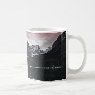 mountain湖のマグ コーヒーマグカップ