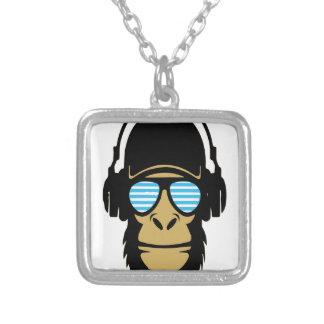 Mr.Dubstep猿 シルバープレートネックレス