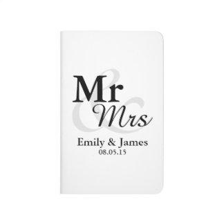 Mr&Mrsのシンプルでエレガントなタイポグラフィの結婚式の引き出物 ポケットジャーナル