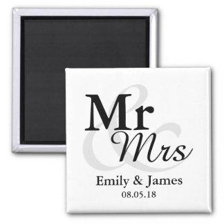Mr&Mrsのシンプルでエレガントなタイポグラフィの結婚式の引き出物 マグネット