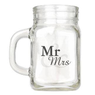 Mr&Mrsのシンプルでエレガントなタイポグラフィの結婚式の引き出物 メイソンジャー