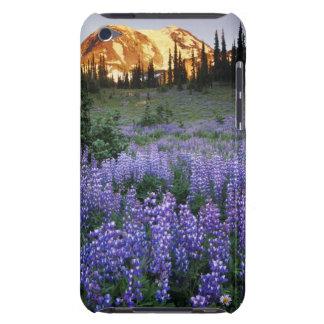 Mt.アダムスおよび副高山草原上の日没 Case-Mate iPod Touch ケース