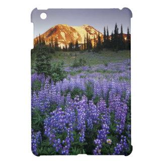 Mt.アダムスおよび副高山草原上の日没 iPad Miniカバー