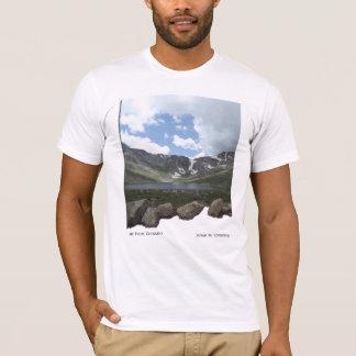 Mt.エバンズのmountain湖 Tシャツ