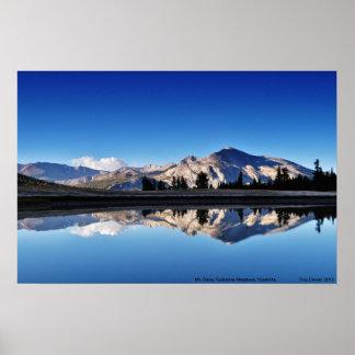 Mt. DanaのTuolumne草原、ヨセミテ、CA. ポスター
