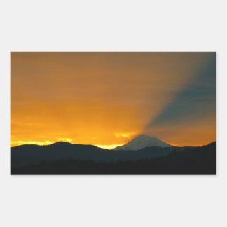Mt. Shastaの日の出 長方形シール