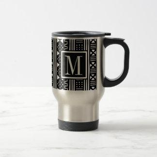 Mudprintはモノグラムの黒のプリントをインスパイア トラベルマグ