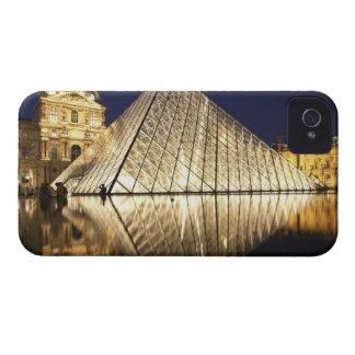 Musee DUのガラスピラミッドの夜眺め Case-Mate iPhone 4 ケース