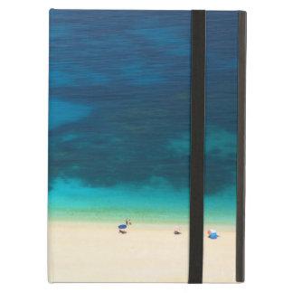 Myrtosのビーチ、Kefalonia、ギリシャ iPad Airケース