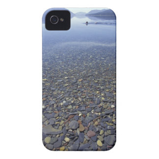 NAの湖の米国、モンタナ、氷河NPの石 Case-Mate iPhone 4 ケース