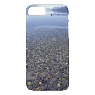 NAの湖の米国、モンタナ、氷河NPの石 iPhone 8/7ケース