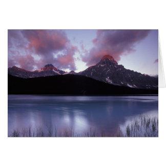NA、カナダ、Banff NPの朝の夜明け カード