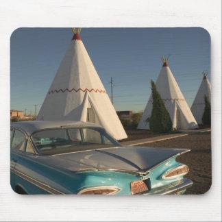 NA、米国、アリゾナのHolbrookのルート66のウィグワム マウスパッド