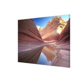 NA、米国、ユタの朱色の崖。 コヨーテのビュート2 キャンバスプリント