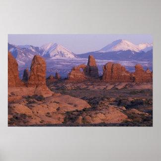 NA、米国、ユタは、国立公園をアーチ形にします。 庭の ポスター