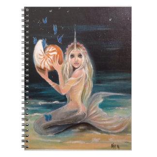 Narwhalおよびオウムガイの元の絵画 ノートブック