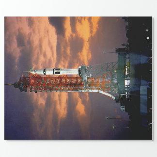 NASAアポロSoyuzの進水車の日の出の発射点 ラッピングペーパー