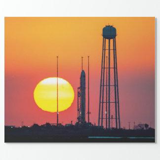 NASA Antaresロケットの日の出の進水 ラッピングペーパー