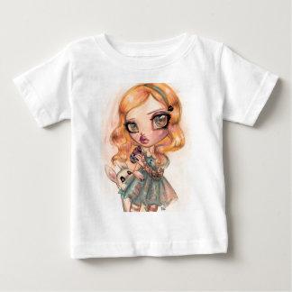 Natasha Wescoatによって私を-不思議の国のアリス飲んで下さい ベビーTシャツ