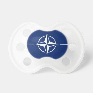 NATOの旗 おしゃぶり