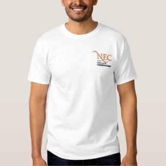 NECによって刺繍される白いTシャツ(男性) 刺繍入りTシャツ