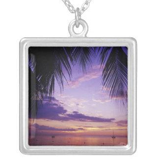 Negril、ジャマイカ2のビーチ シルバープレートネックレス