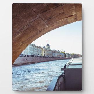 Nevaの川の巡航 フォトプラーク