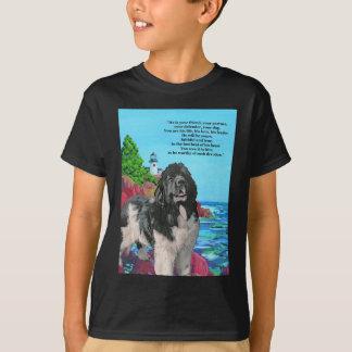NEWFおよび灯台 Tシャツ