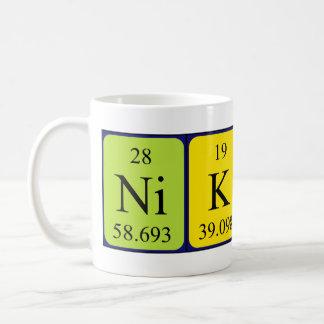Nikolaの周期表の名前のマグ コーヒーマグカップ