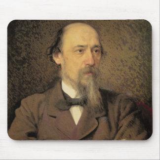 Nikolay Alekseyevich Nekrasov 1877年のポートレート マウスパッド