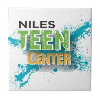Nilesの10代のな中心のロゴ タイル