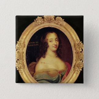 Ninon de Lenclos 5.1cm 正方形バッジ