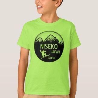 Niseko日本の緑の男の子のスノーボードの芸術のティー Tシャツ