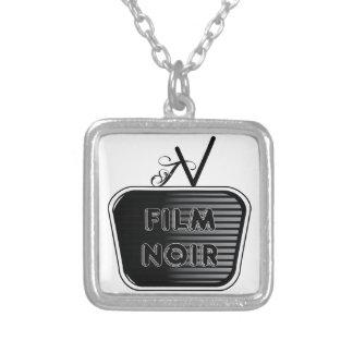 Noirフィルム シルバープレートネックレス