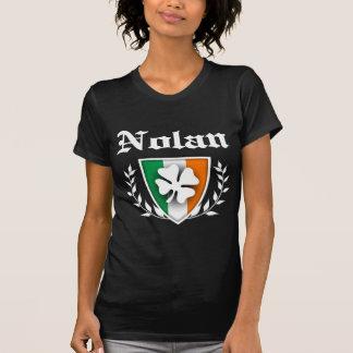 Nolanのシャムロックの頂上 Tシャツ