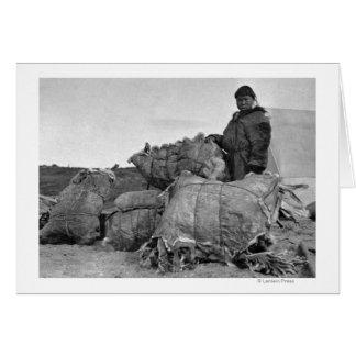 Nomeのアラスカの写真のエスキモーの毛皮のディーラー カード