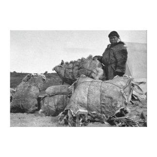 Nomeのアラスカの写真のエスキモーの毛皮のディーラー キャンバスプリント