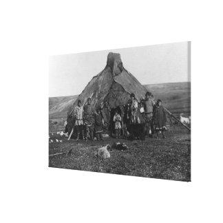 Nomeのアラスカの写真の近くのエスキモーのイグルー キャンバスプリント