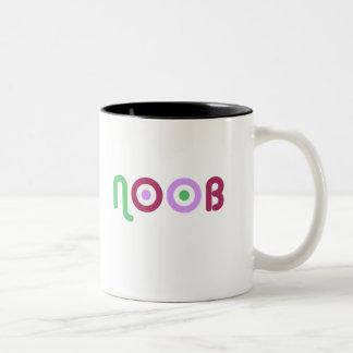 NOOBの女の子のマグ ツートーンマグカップ