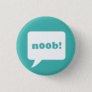 """noob!"" ボタン 3.2cm 丸型バッジ"