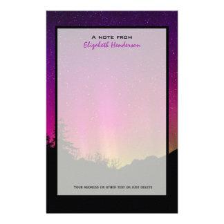 Northern LightsのオーロラのBorealisの星明かりの夜空 便箋