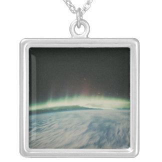 Northern Lightsの衛星イメージ シルバープレートネックレス