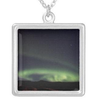 Northern Lights -アイスランドのオーロラBorealis シルバープレートネックレス