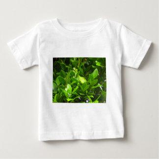 Northlandの緑のヤモリ ベビーTシャツ