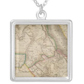 Nubia、Abyssinia、アフリカ シルバープレートネックレス