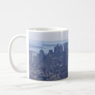 NYCのスカイライン コーヒーマグカップ