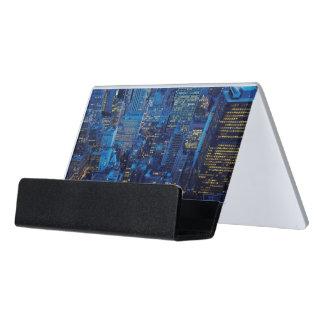 NYCのスカイライン、薄暗がりの高角の眺め デスク名刺ホルダー